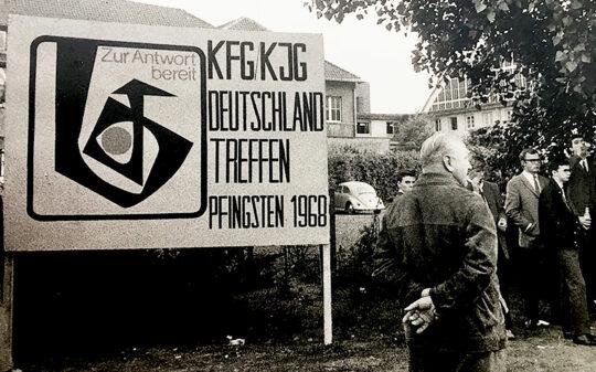 1968 KjG Seelenbohrer Willkommensschild für Pfingsttreffen Münster